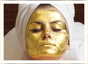 Zabiegi pielęgnacyjne z 24-karatowego złota